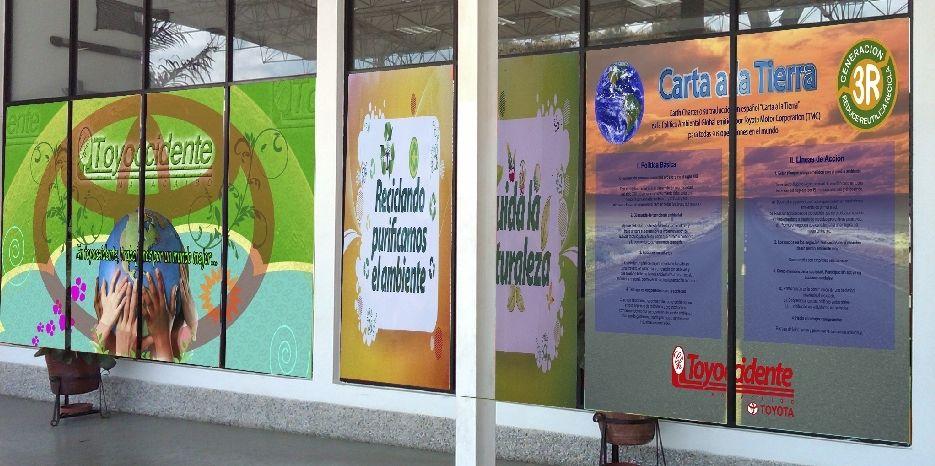 La Carta de la Tierra, expuesta en la entrada del Concesionario Toyoccidente C.A. - Maracaibo